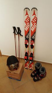 Kinder-Ski Skistöcke Skischuhe Skihelm Komplettset
