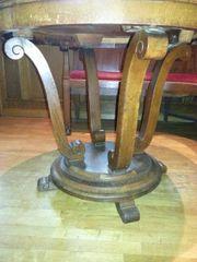 Antik Sehr schöner runder Tisch