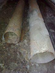 2 alte Eisenrohre (